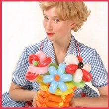 Agatha Twist – Balloon Modeller