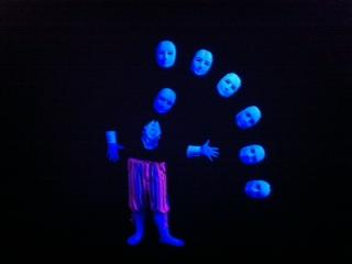 black_light_dance_show9