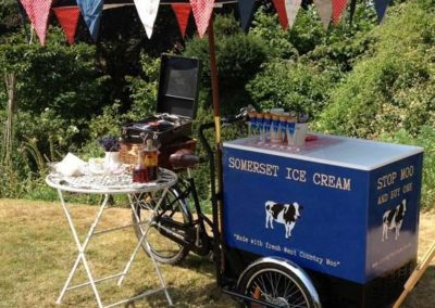 Cream – Vintage Ice Cream Tricycle | Somerset| South West| UK