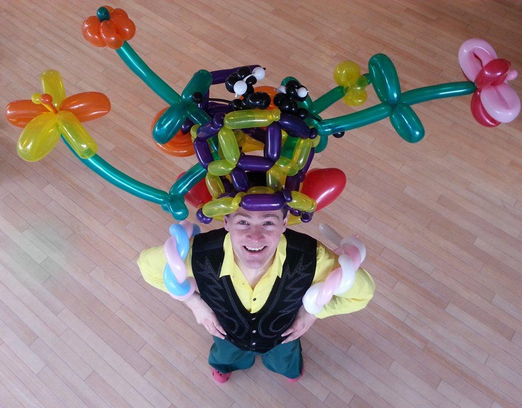 Edinburgh Performers – Balloon Modellers
