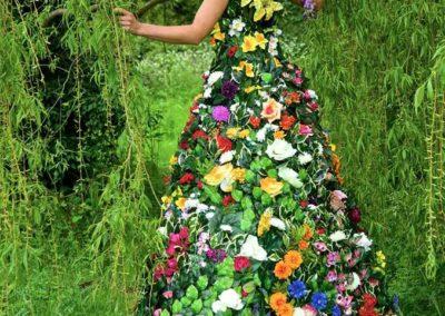 Flora – Stilt Walking Character | London | UK