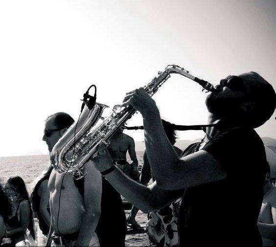Grabo – Saxophonist | Ibiza
