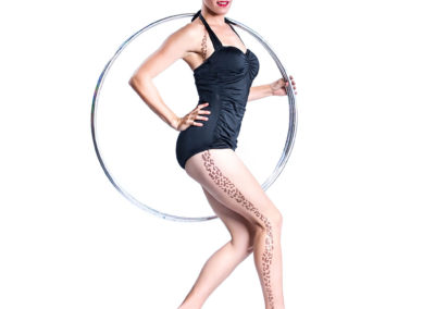 loz_because__cabaret_hula_hoop_show___bristol___south_west___uk4