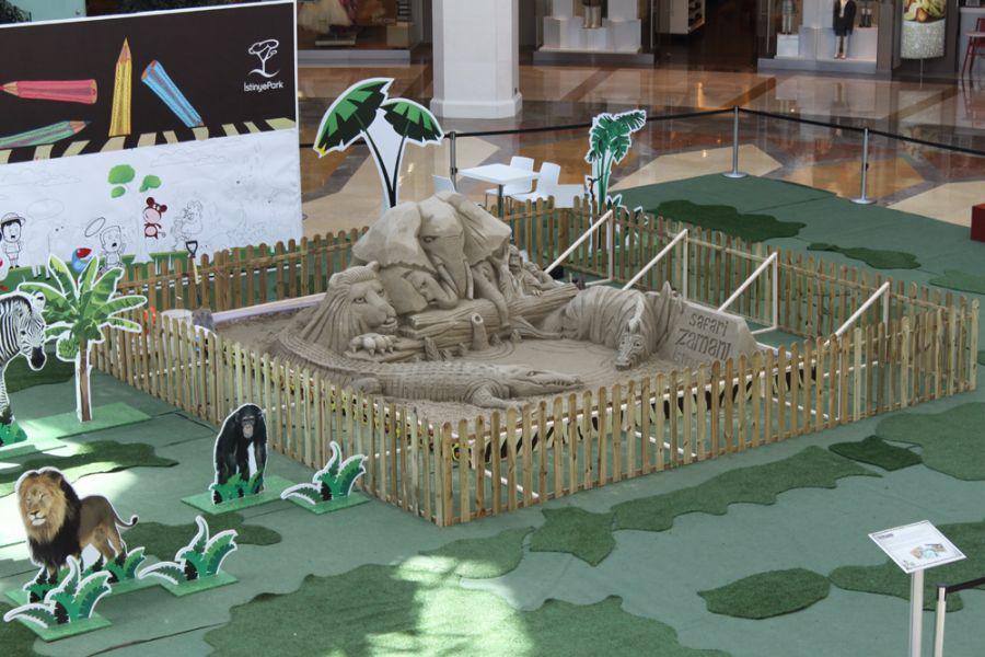 Ray – Sand Sculptor