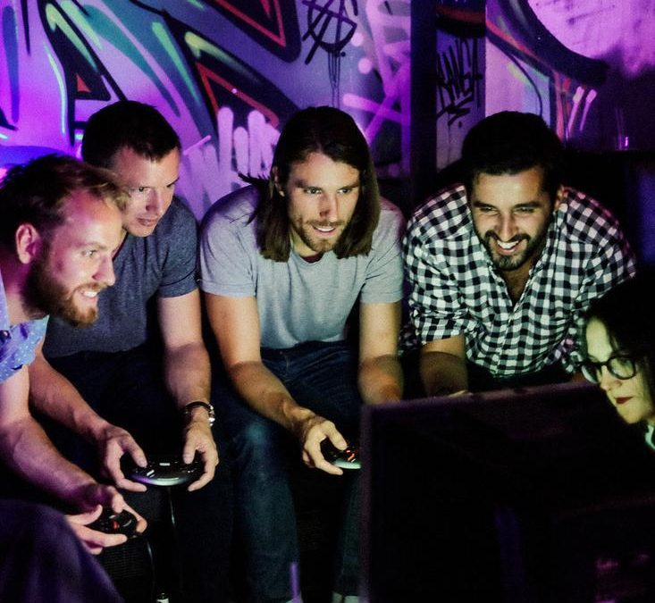 Retro Booths – Gaming, DJ & Karaoke Booth | London | UK