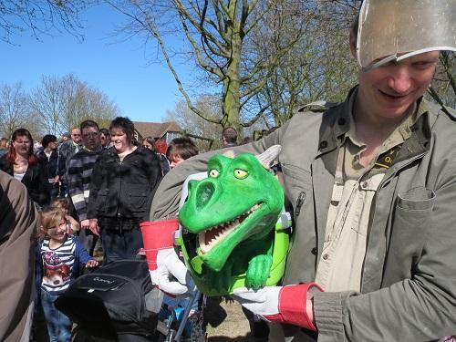 Ryan The Dragon – Dragon Puppet | London| UK