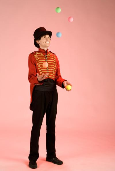 Sam – Children's Entertainer | London| UK