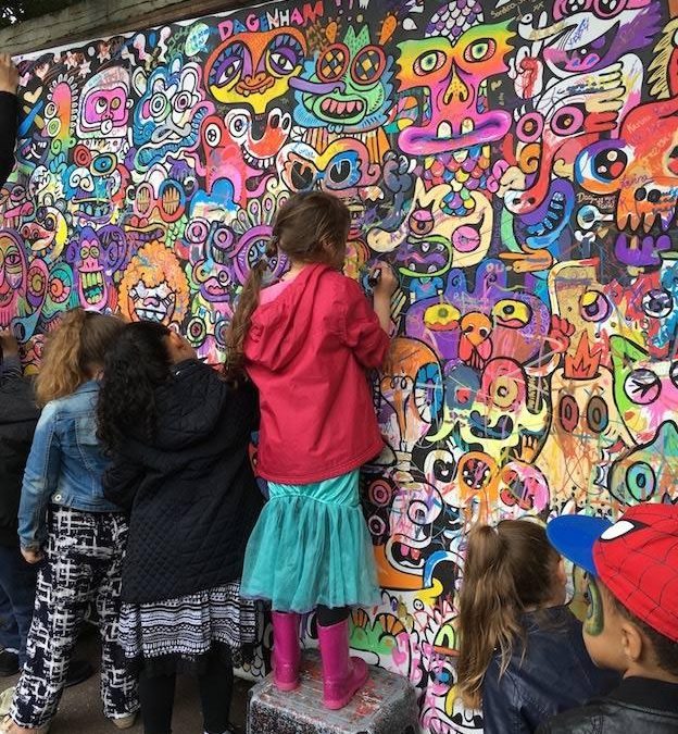 Scott Cartoon Artist – Colouring-In Walls   London  UK