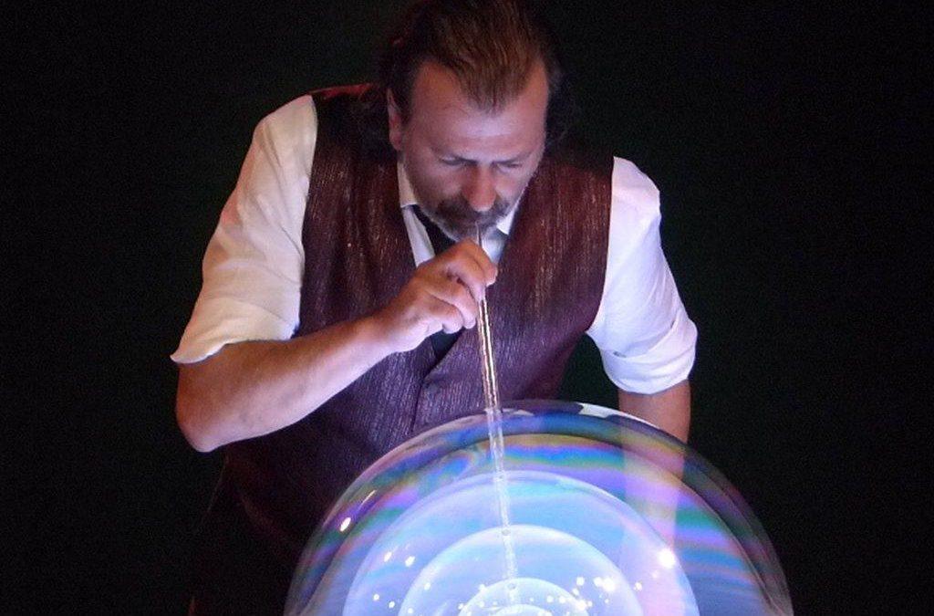 Sergio – Bubble Performer | Spain | Europe