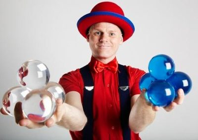 Stewart – Juggler & Contact Juggler | London| UK