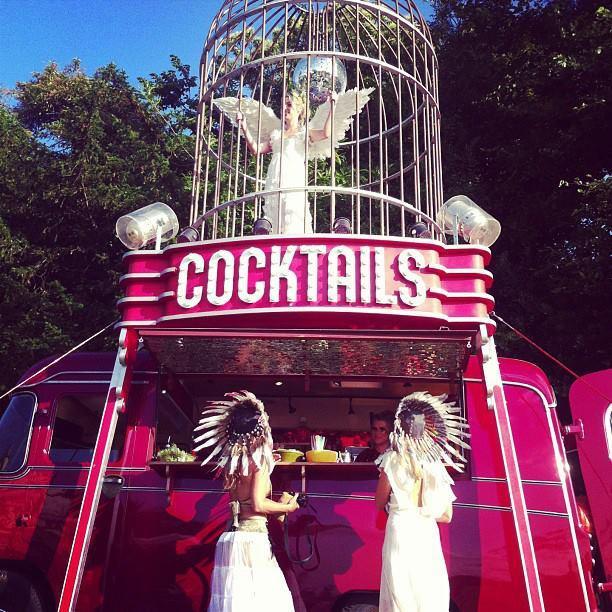 The Birdcage Cocktail Bar – Mobile Bar Service | UK