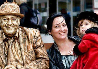 The Golden Man – Human Statue | UK