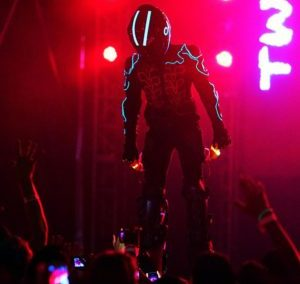 The Light Man – LED Stilt Walker | UK