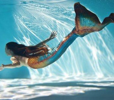 The Mermaid – Living Statue & Swimming Performer | London| UK