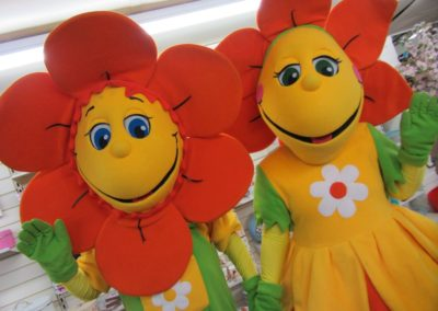 The Petals – Walkabout Characters | Lancashire| North West| UK