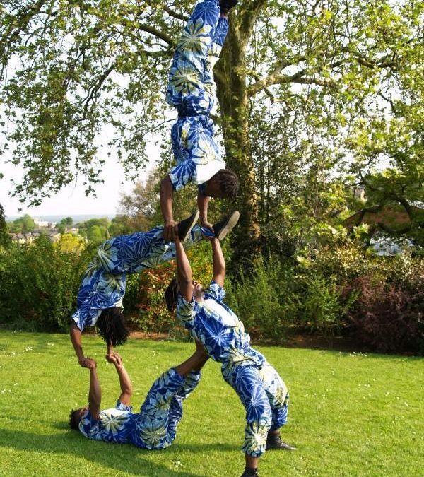 The Pyramid Troupe – Acrobats | London| UK