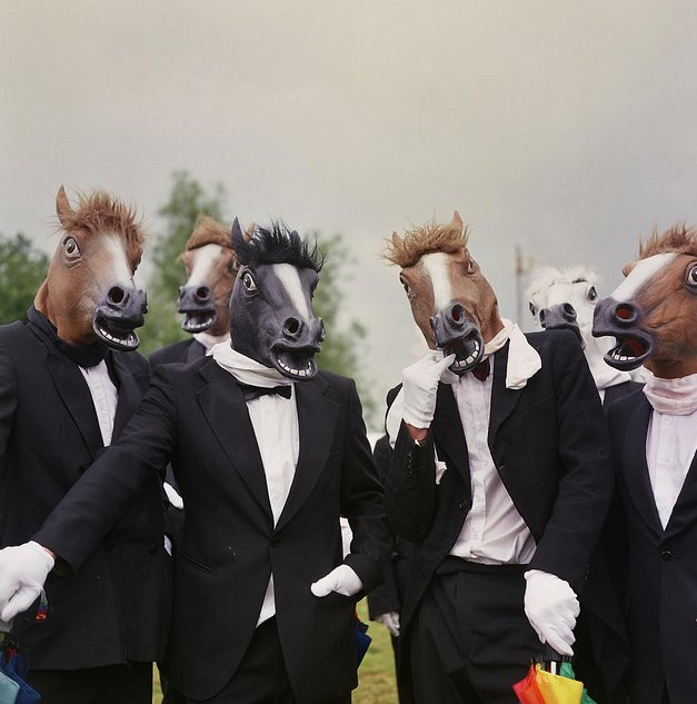 The Thoroughbreds – Comedy Walkabout Act | London| UK
