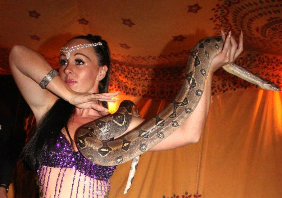 Tory & James – Snake Performers | North West | UK
