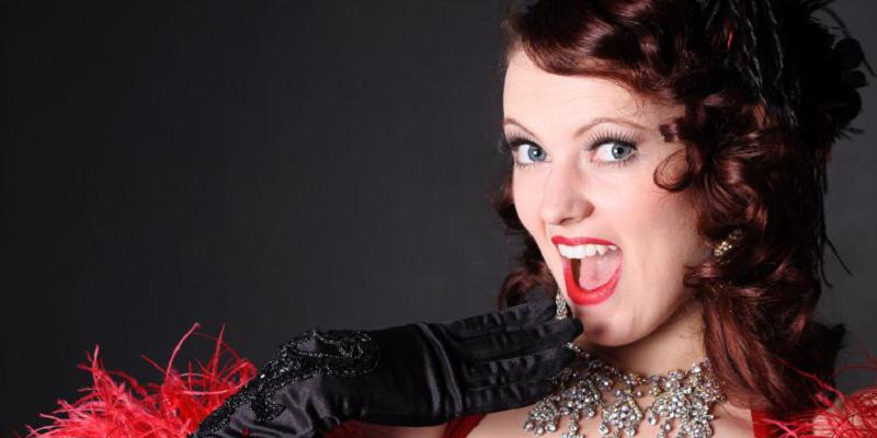 Scarlett – Burlesque Dancer | Edinburgh | UK