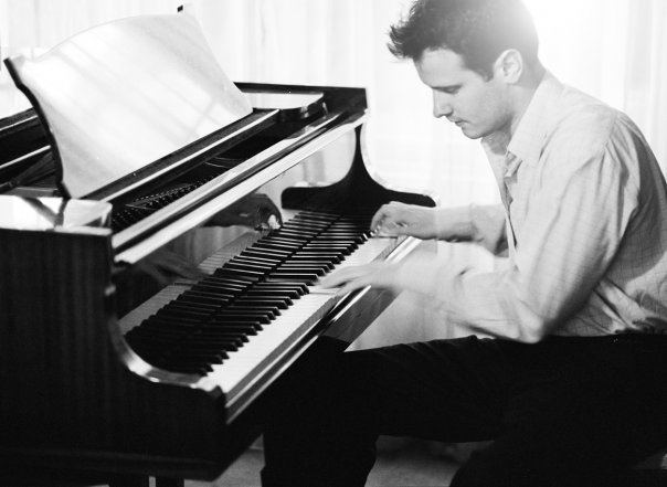 Robert – Pianist | Edinburgh | London| UK