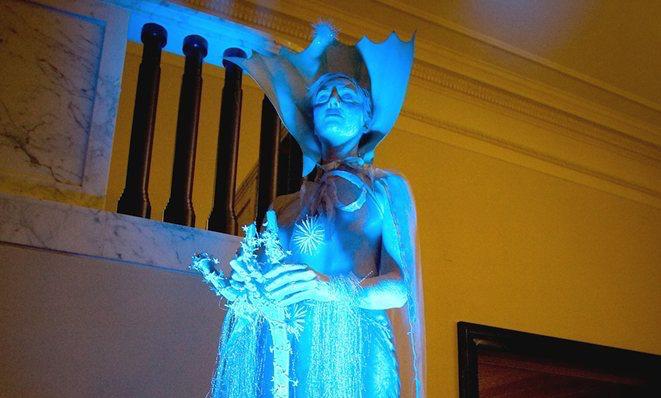 Ice Maiden & Snow Queen – Living Statues | UK
