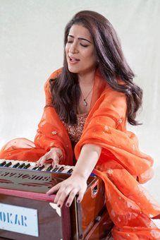 unnati-singer-4