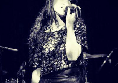 Louise – Vocalist | Worldwide