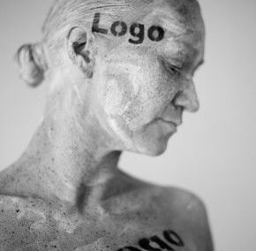 Carrie – Bespoke Human Statue Characters | UK