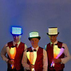Glow Juggling Troupe – LED Jugglers   UK