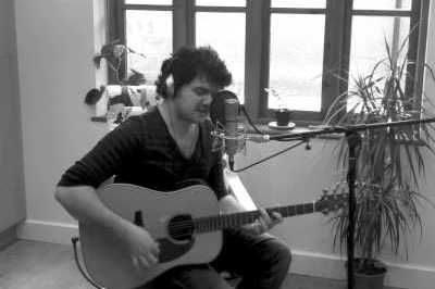 Roger – Guitarist & Vocalist | UK