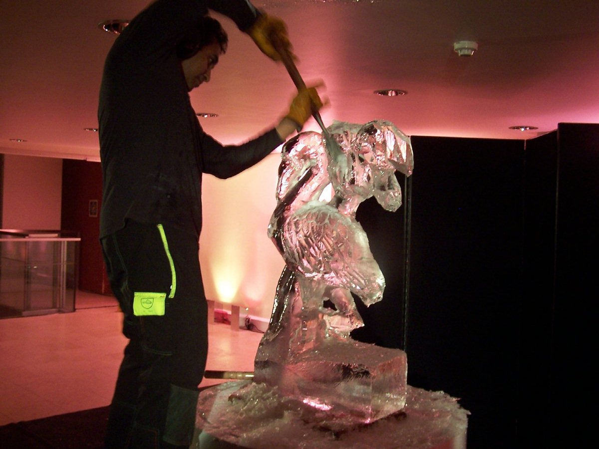 ice-sculptures-002