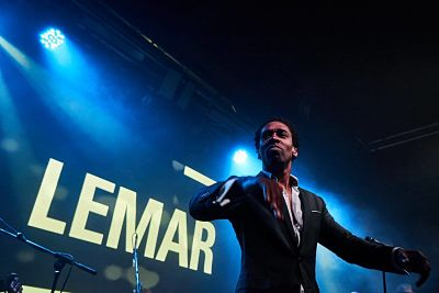 Booking agent for lemar