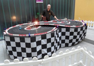 8-lane_scalextric3