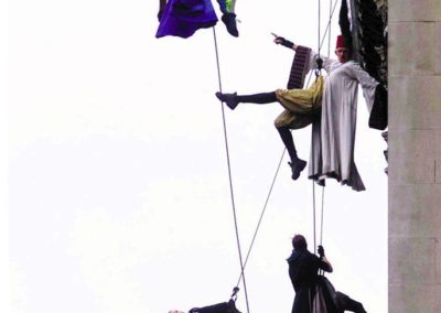 abseiling_and_aerial_performers2
