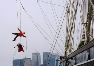 abseiling_and_aerial_performers6