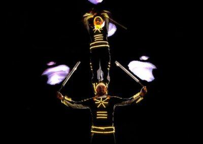 acrobalance_led_show10