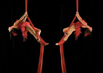 aerial_silks_acrobats7