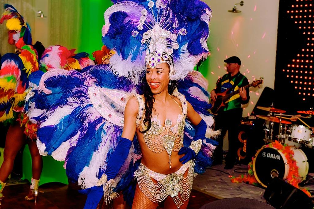 Entertainment Agency: Booking agency for Brazilian Carnival Dancers