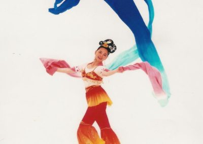 chinese_chinese_acrobatics_and_dancers10