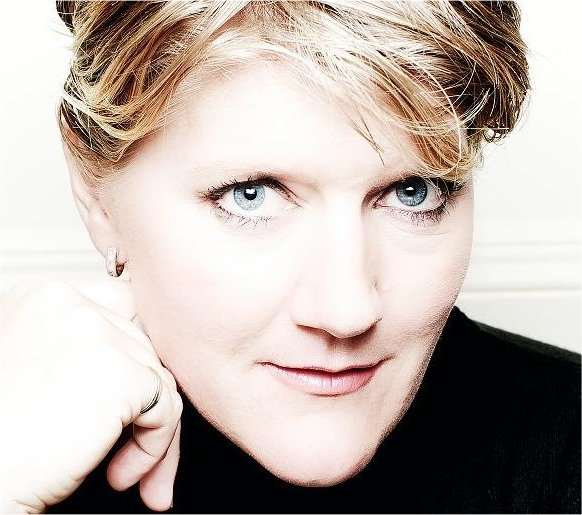 Entertainment Agency, London - Clare Balding Booking agent