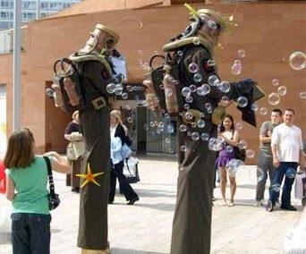 Deep Sea Divers – Comedy Stilt Walkers | Surrey| South East| UK