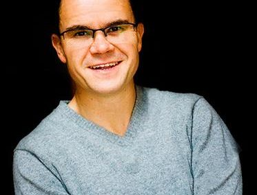 Dominic Holland – Event Host | UK