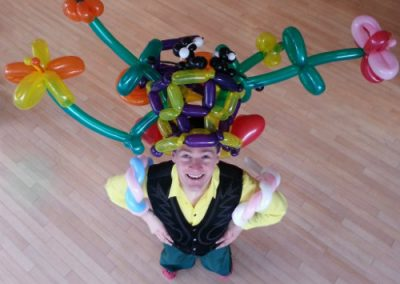 Edinburgh Performers – Balloon Modellers | UK