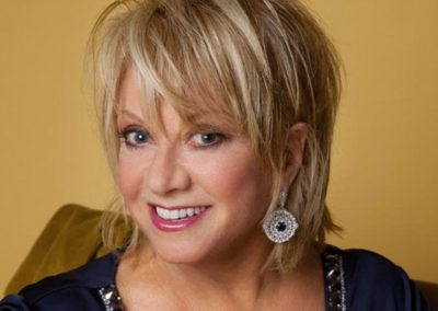 Elaine Paige | Famous West End Singer | UK