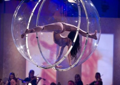 Glass Ball Aerial Act: Emilia – Germany