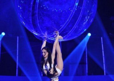 emilia_glass_ball_aerial_act3