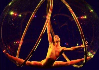 emilia_glass_ball_aerial_act7