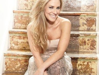 Georgie Thompson | Event Host | UK