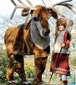 Giant Reindeer – Walkabout Characters | UK