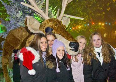 giant_reindeer3